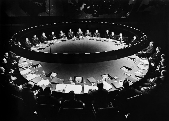 BNPYJG THE WAR ROOM CONFERENCE DR. STRANGELOVE: HOW I LEARNED TO STOP WORRYING AND LOVE THE BOMB (1964)